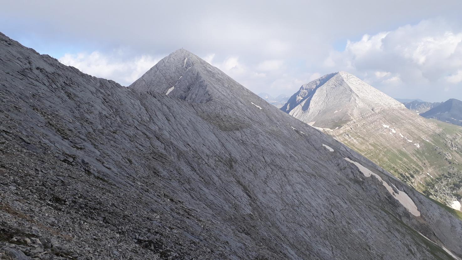 The marble ridge and Vihren peak
